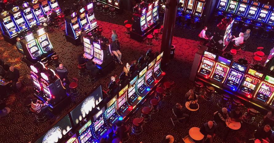 Social Casinos gegen Online Casinos